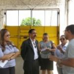 Advogado Ednaldo Nascimento junto com os membros da Comissão visitando as alas da Cadeia