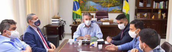 Comitiva da OAB Roraima reúne com governador Antonio Denarium para debater projeto que reduz limites da  RPV